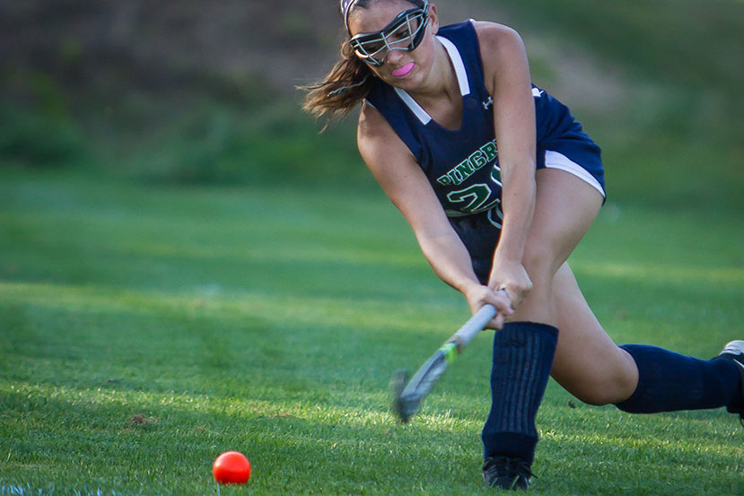 Pingree Girls Varsity Field Hockey Shot